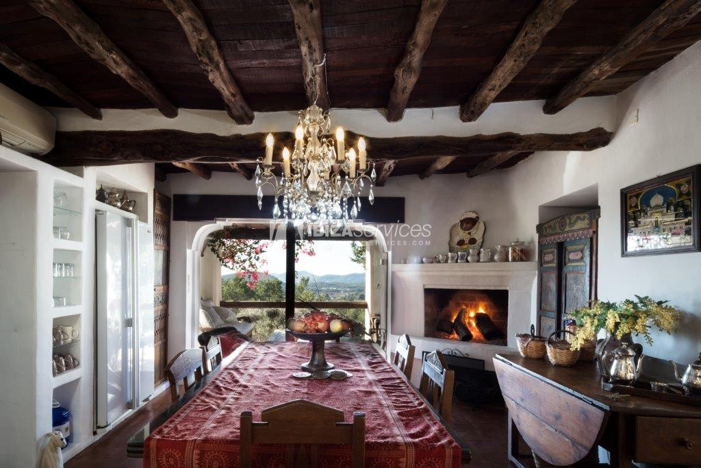 Lovely restored Finca natural beauty and elegance perspectiva 14