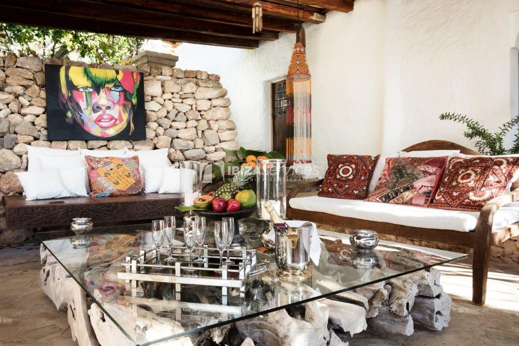 Lovely restored Finca natural beauty and elegance perspectiva 18
