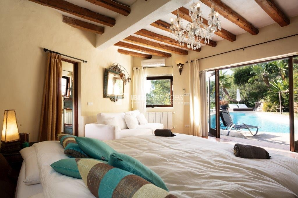 Lovely restored Finca natural beauty and elegance perspectiva 19