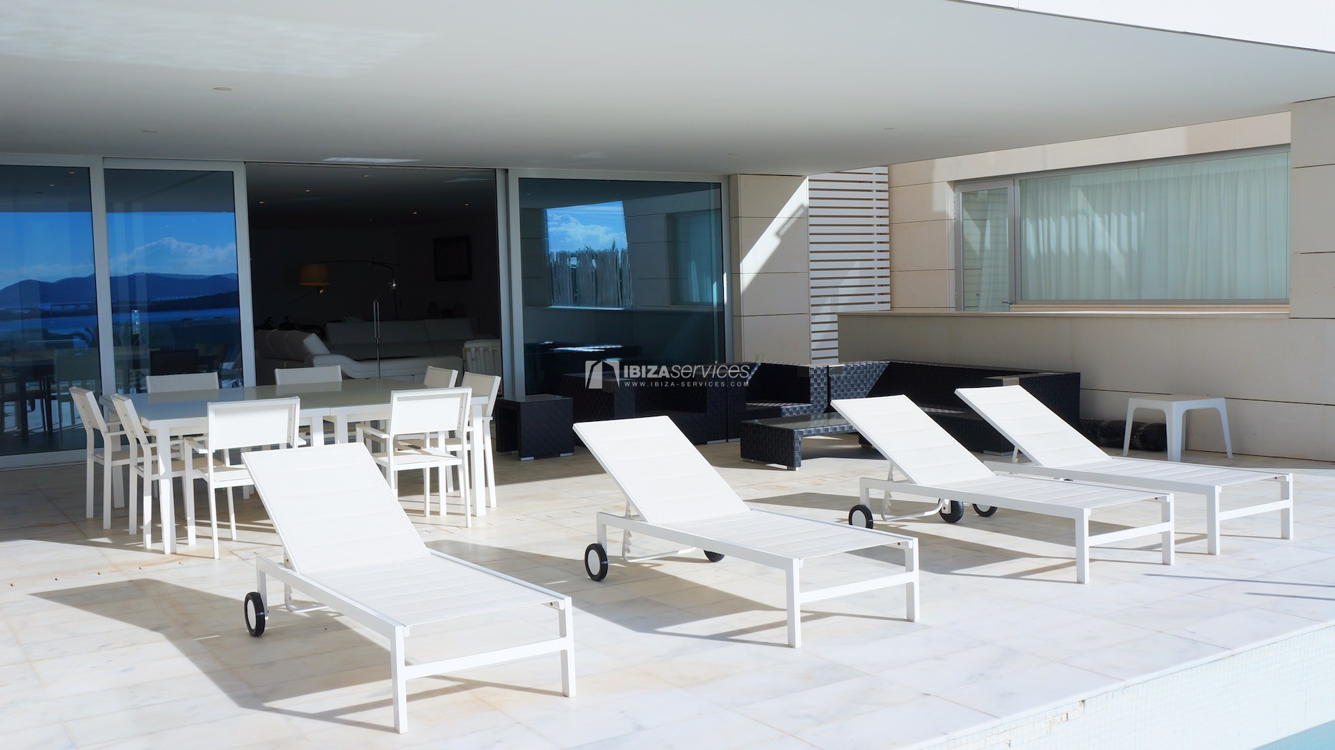 Es pouet Talamanca  luxury  apartment long term rental perspectiva 2