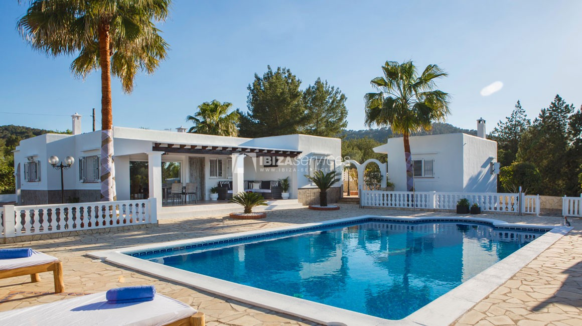 Beautiful restored villa for summer rent close to Sant Rafael