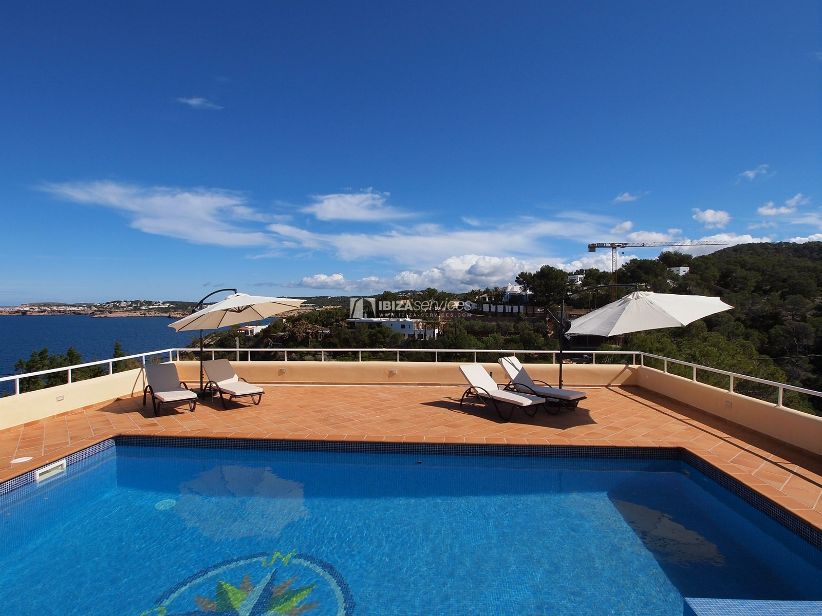 7 bedroom villa overlooking the sea Cala Moli perspectiva 6