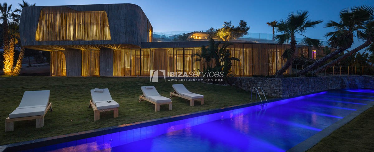 Amazing  design villa Es cubells for rent perspectiva 49
