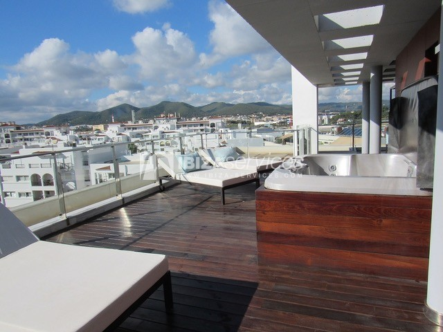 Penthouse for sale Marina Botafoch perspectiva 1