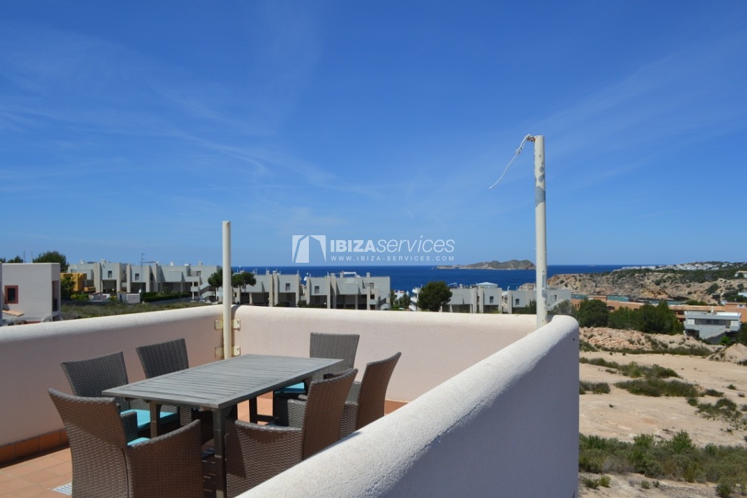Townhouse Cala Tarida 3 bedrooms with sea views