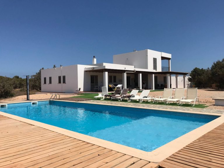 Villa 7 bedrooms to rent in Formentera