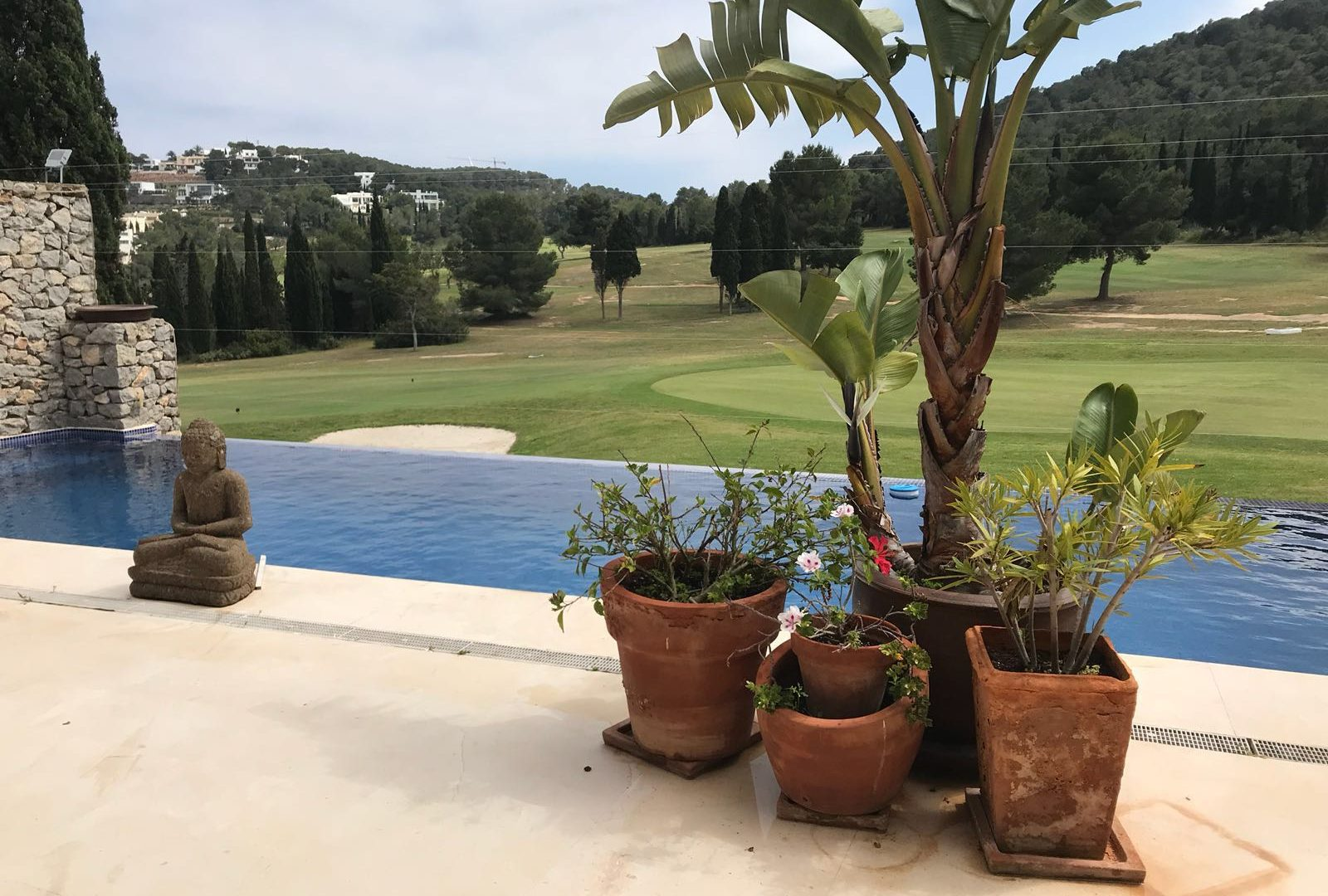 House overlooking a golf course for sale Roca Llisa