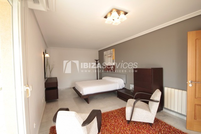 Triplex Can Misses for sale perspectiva 21