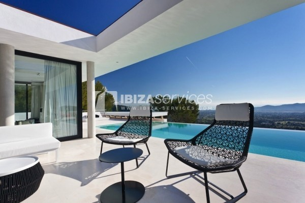 Km4 luxury property for rent panoramic view