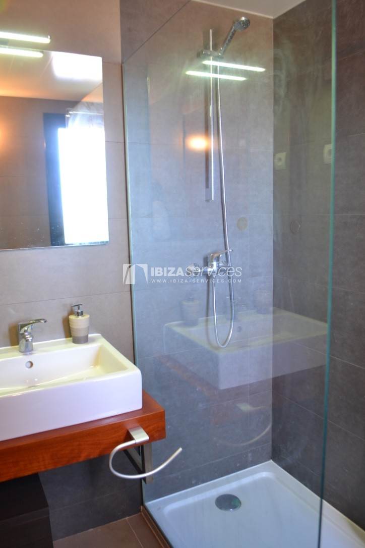 Townhouse Cala Tarida 3 bedrooms with sea views perspectiva 13