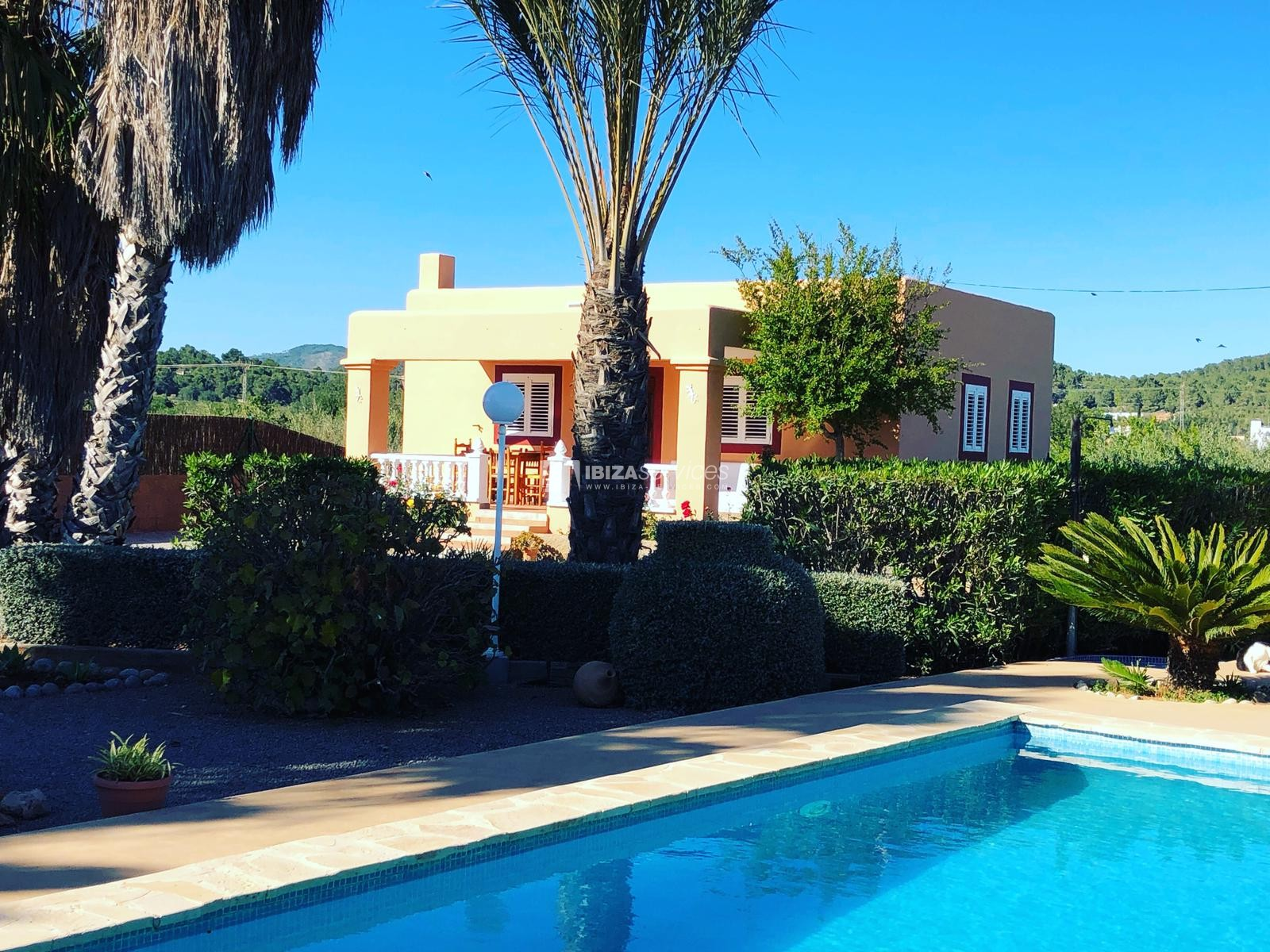 Charming Ibizan country house close to St.Eulalia perspectiva 1