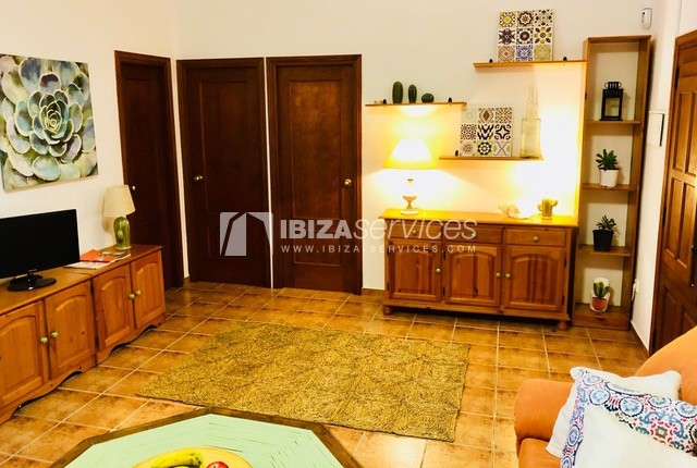 Charming Ibizan country house close to St.Eulalia perspectiva 8