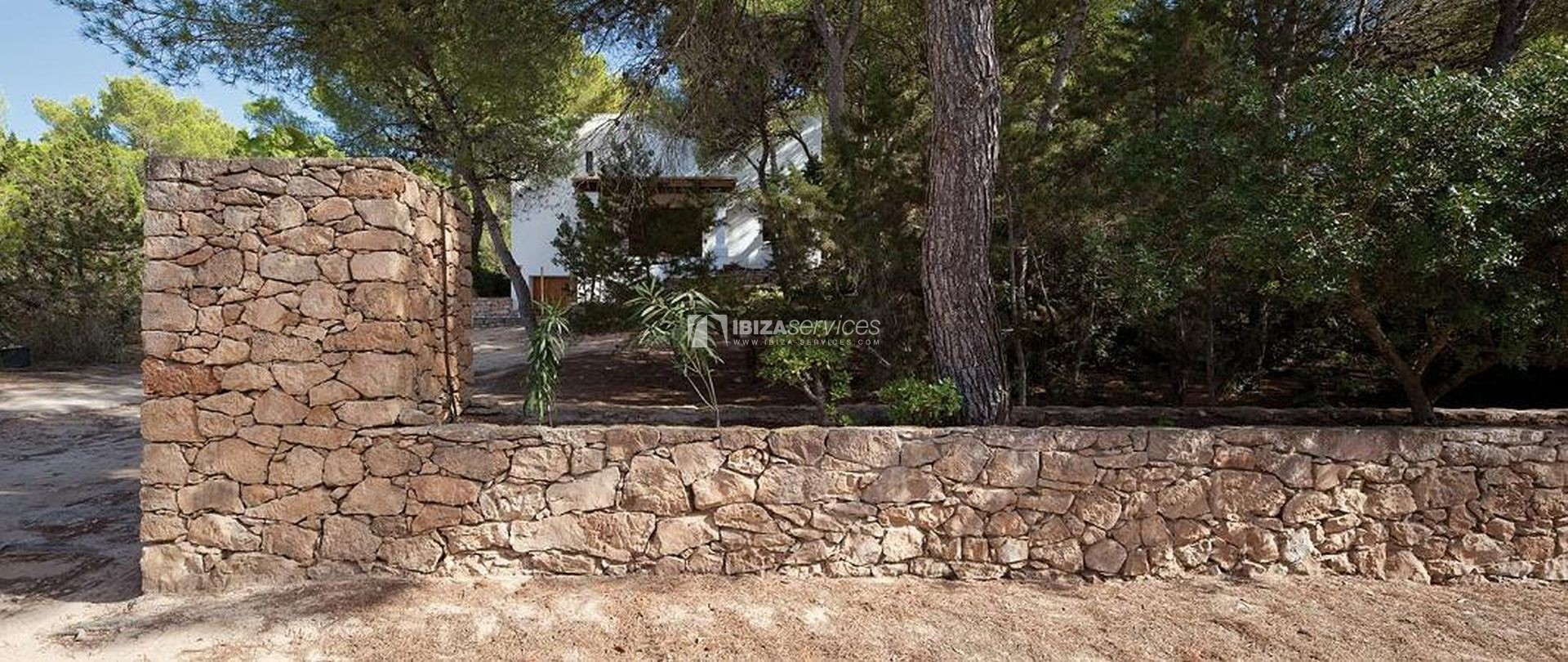 Rustic villa for sale in Formentera perspectiva 8