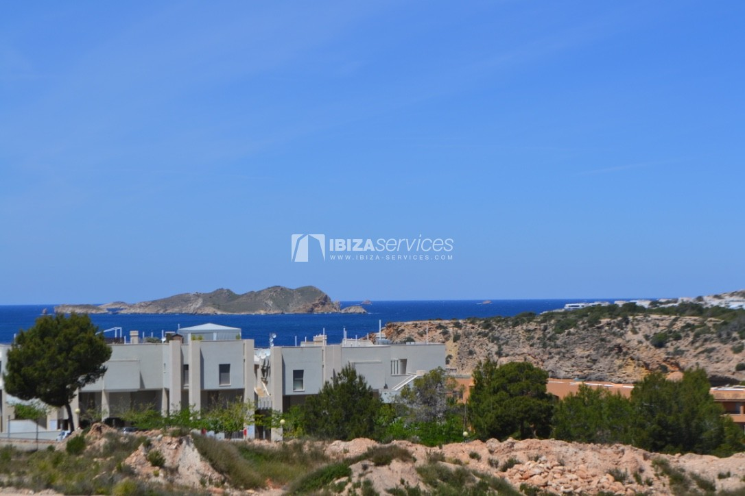 Townhouse Cala Tarida 3 bedrooms with sea views perspectiva 2