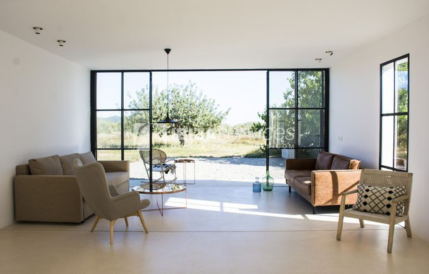 Authentic Ibiza style villa KM5 for 20 people groups perspectiva 12