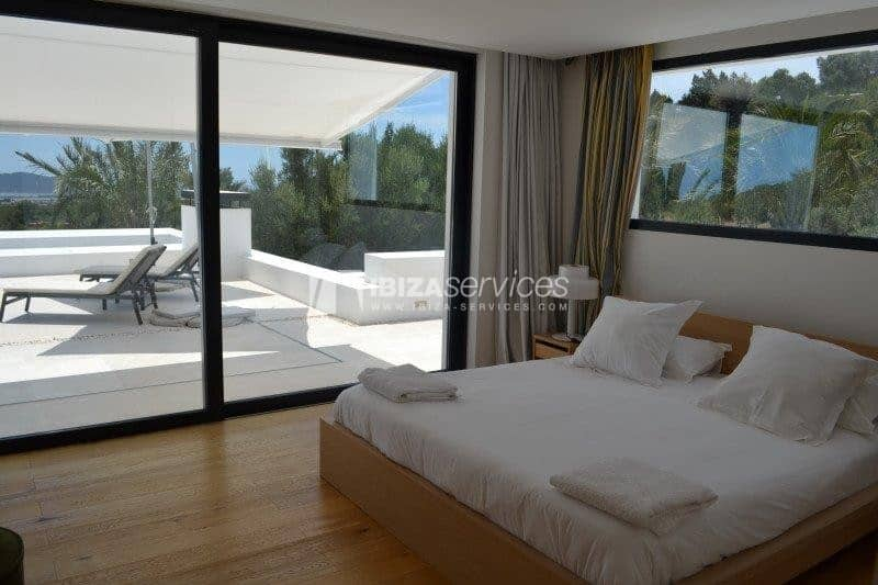 Rent ultra modern villa km4 Ibiza 14 people