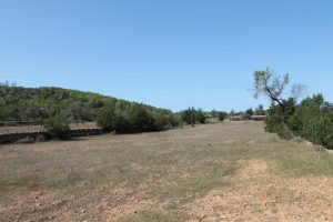 Plot for sale close to St. Rafael overlooking the mountains