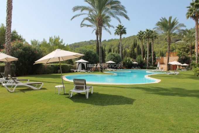 Beautiful 3 bedroom apartment for sale Roca Llisa