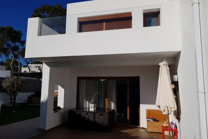 Townhouse for sale in Cala Llonga