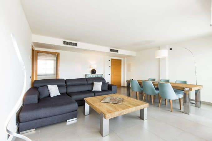 Seasonal rental 3 bedroom luxury apartment botafoch
