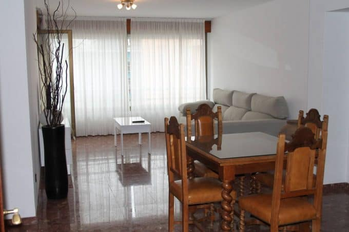 4 bedroom apartment in the centre Ibiza annual rent