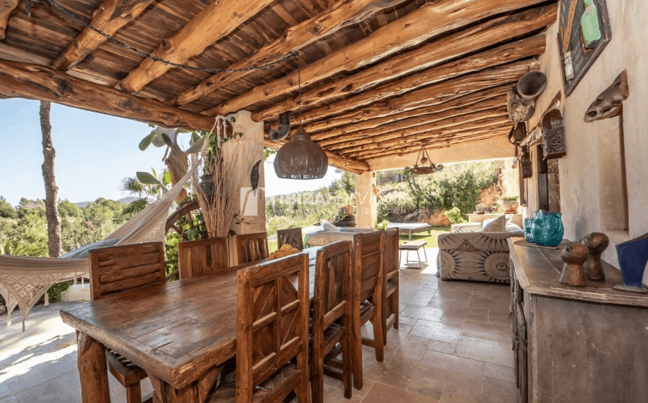 Lovely finca with lot of character in a peaceful surroundings