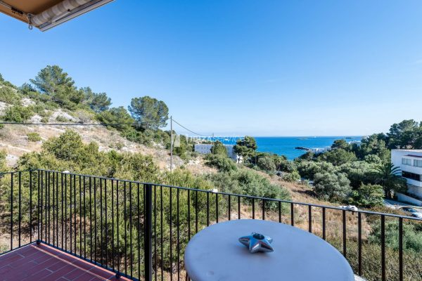 Bright & spacious apartment with sea views Los Molinos