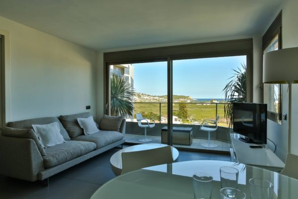 3.4.B Ibiza rental Botafoch nice 2 bedroom apartment sea view