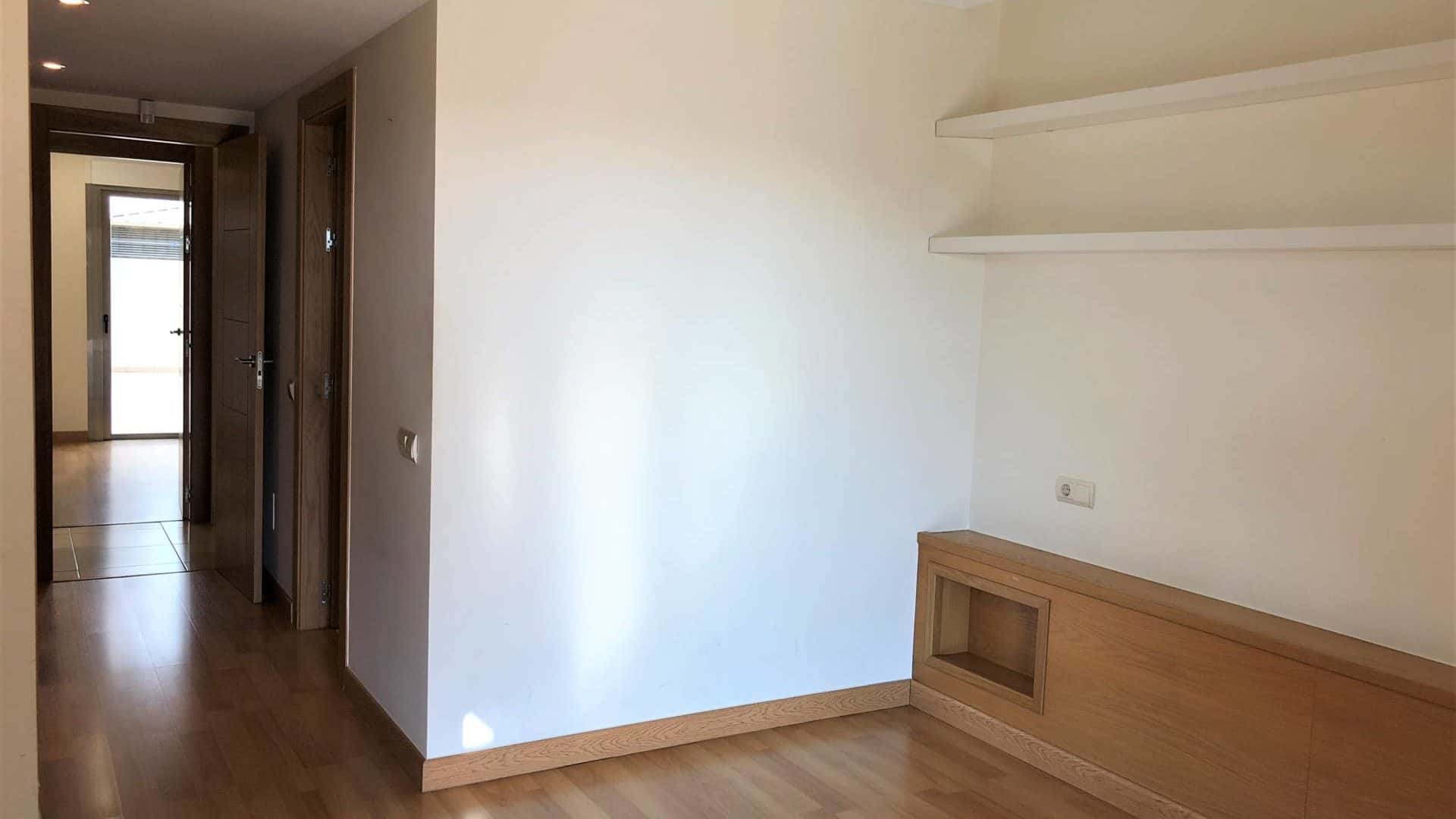 3 bedroom apartment Es vive with private pool long term rental