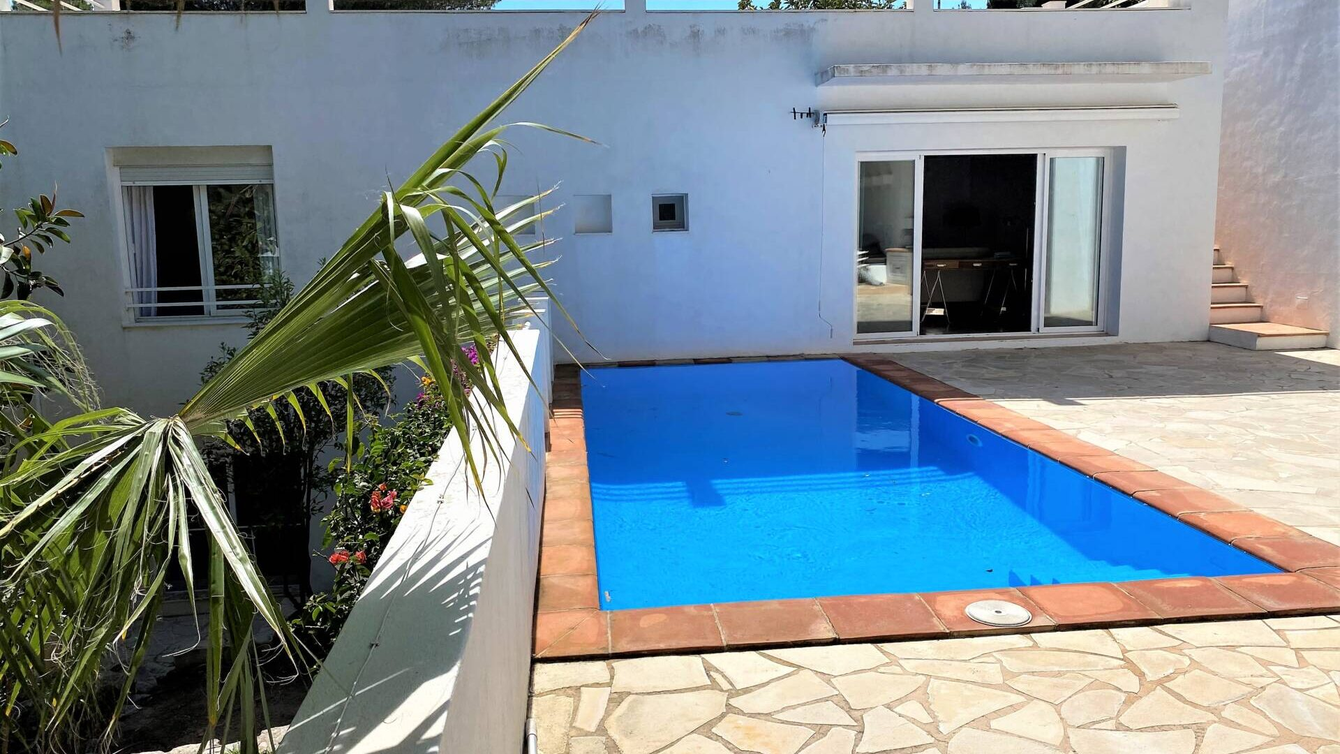 Can furnet Annual rental 3 bedroom house with pool