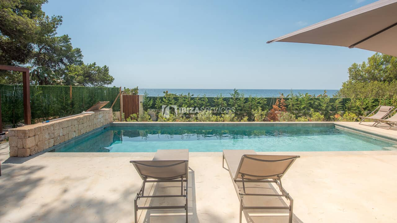 St Eulalia Modern  holiday villa with direct access to the sea