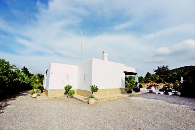 Benirras Country house with pool. Anual rental