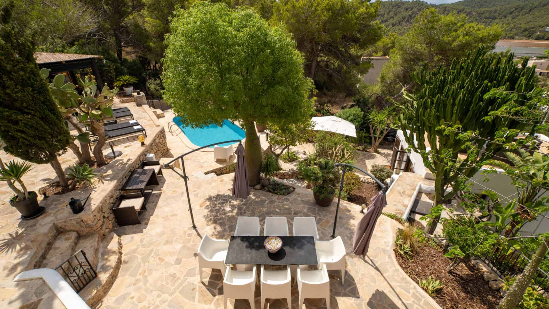 Las Salinas 4 bedroom holiday  Charming finca for rent with sea view