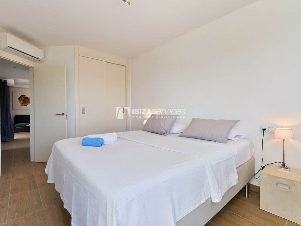 1.1.B Bon viure 2 bedroom apartment with 150 sqm  terrace