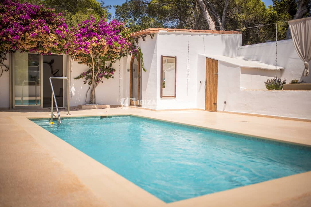 Charming Villa just a few steps from the beach in Cala Tarida on sale.