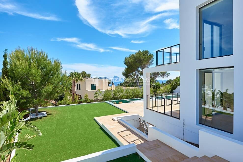 Newly built villa with sea views near Cala Conta for sale