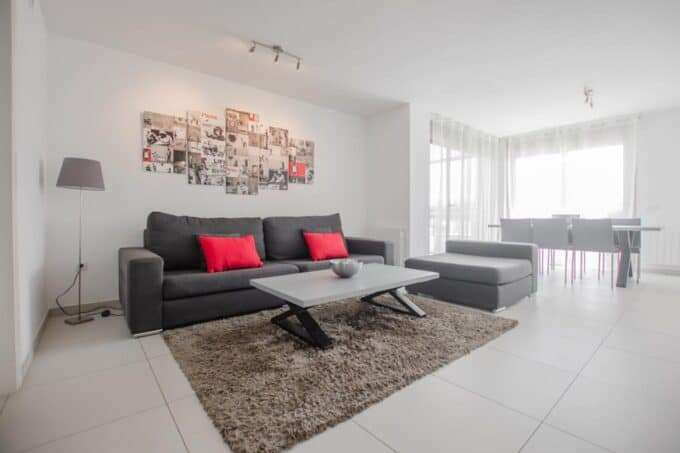 2.4.B  modern 3 bedroom apartment Botafoch for rent