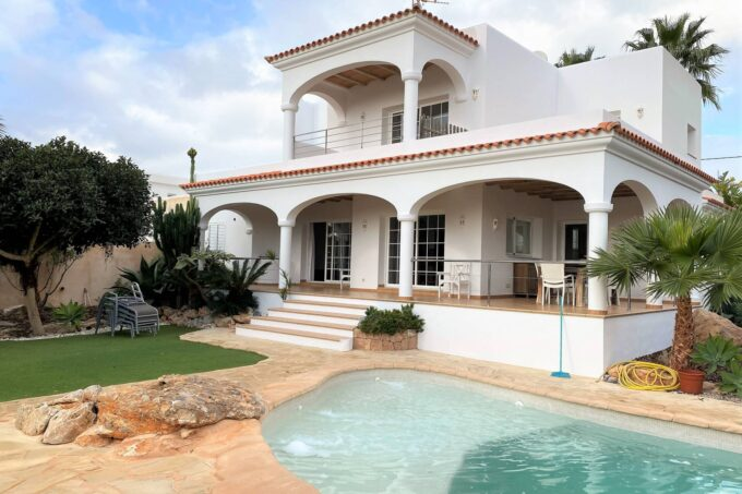 3 bedroom villa rental with pool in San Jordi