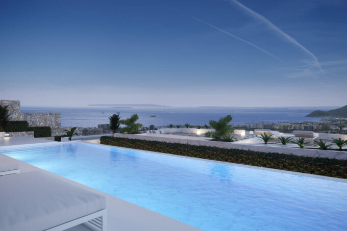 Luxury villa with terrific views to the Mediterranenan Sea to buy