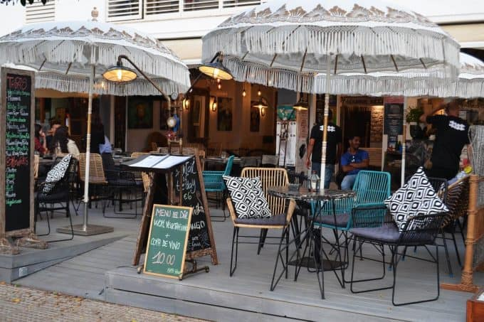 Lovely restaurant to rent in Playa den Bossa, completely reformed, ready to use