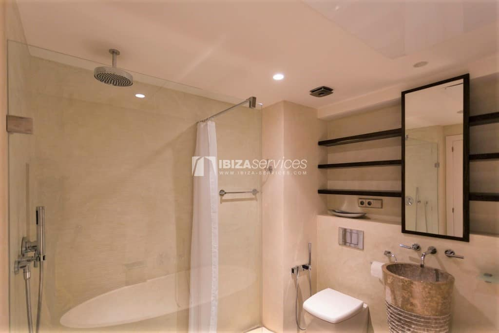 """Modern flat in the luxury building """"SA MARINA BOTAFOCH"""" for sale"""