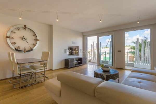 "Modern flat in the luxury building ""SA MARINA BOTAFOCH"" for sale"