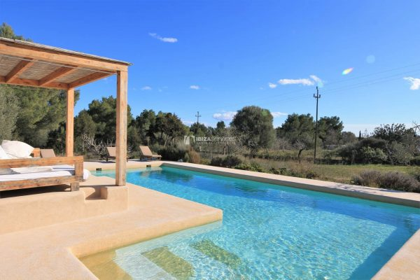 Holiday rental Finca near Playa Den Bossa Ibiza