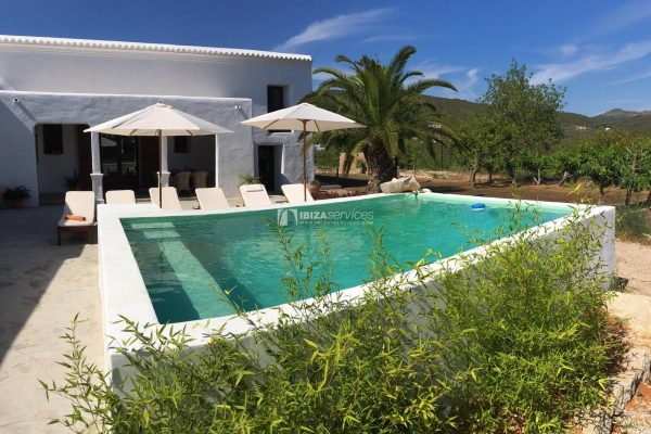 Authentic fully renovated finca with pool for longterm rental in San Juan area.