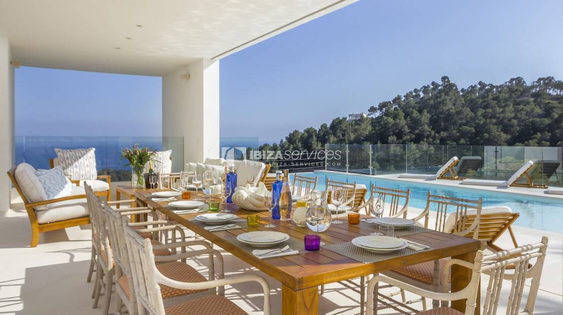 Tourist rental license! luxury villa with spectacular views to buy
