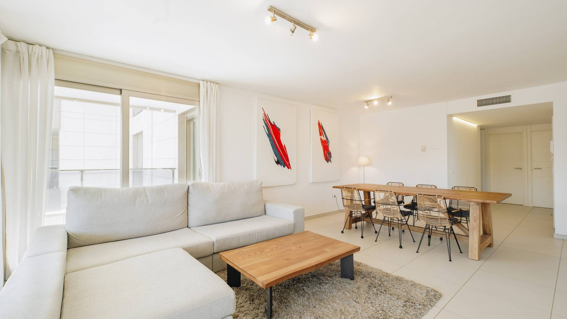 2.2.A  Nice 3 bedroom apartment in botafoch with big terrace