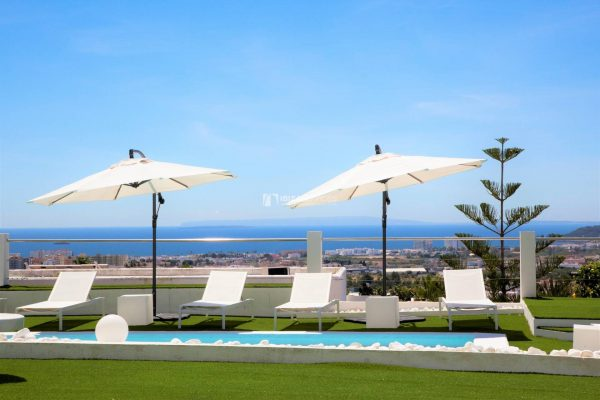 Buy 6 bedroom villa in Ibiza with stunning views woth touristic license