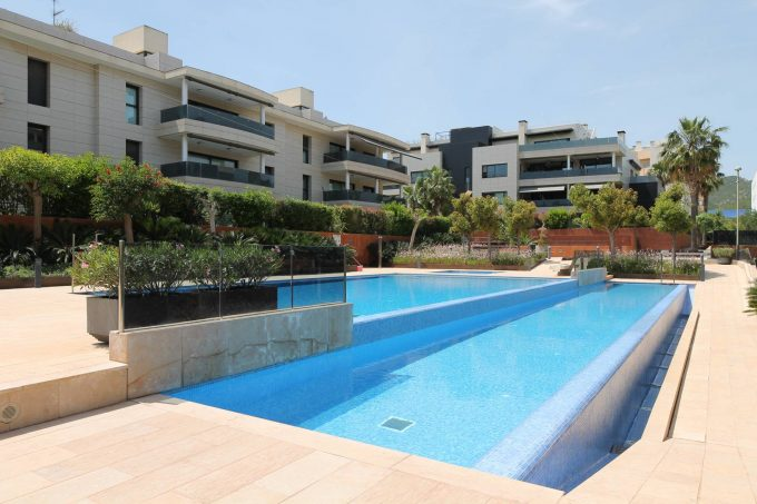 Ses Galamones, luxurious 2 bedroom apartment for annual rental