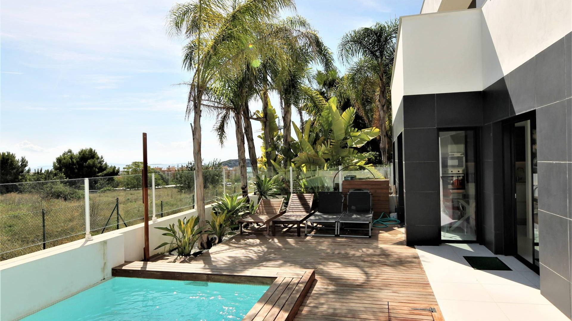 Buy two bedroom apartment in Talamanca with private pool