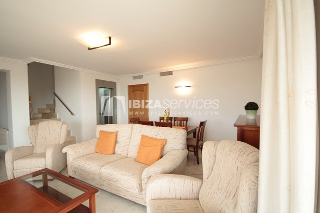 Triplex Can Misses for sale perspectiva 17